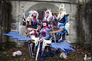 Monster Hunter Group Cosplay by Evil-Siren
