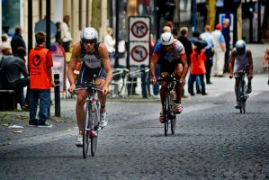 Bicycle Race by WorldsInWorld