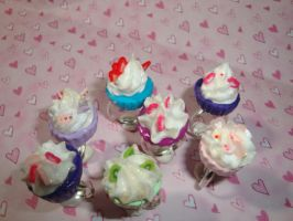 cupcake rings by LadySashaviv