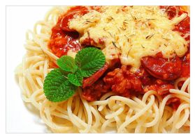 Spaghetti with meat sauce by ScarletWarmth
