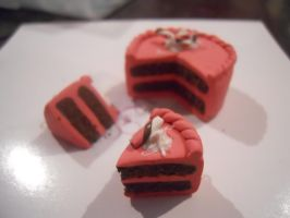 Strawberry Chocolate Cake by TinyTreats