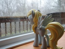 Waiting the Storm Out by lrft4san