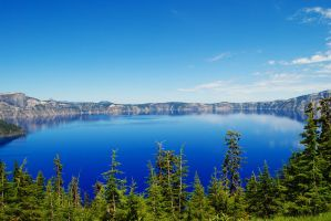 Crater Lake by Blicrowave-Bloven