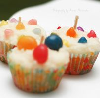Long-lasting Cupcakes by sp1nderella