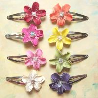 Flower Hair Clips by lulabug