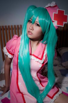 Vocaloid Miku Loveward by Spinelo
