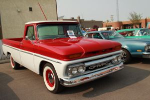 Two Toned GMC by KyleAndTheClassics
