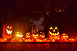 Pumpkin Glow In The Night by InnsmouthFishwife