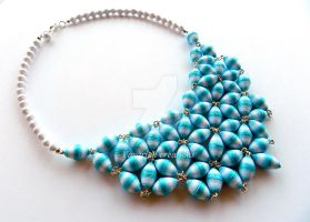 Paper beads necklace by OmbryB