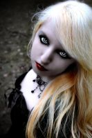 Vampire Lia-Dark Beauty by Darkest-B4-Dawn