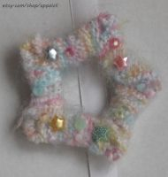 Appaloli:  Pastel STAR fuzzy yarn pin by Appaloli