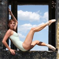 Dancer on a Train V by HowNowVihao