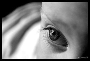 Angel eyes BW by Paigesmum