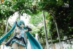 Singing the in Green - Miku by Amano7