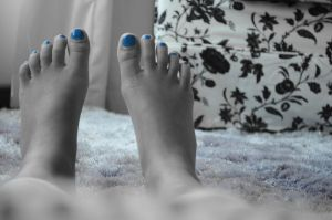 Blue nails by tangeloskye