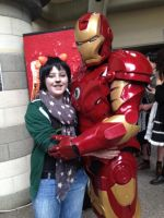 comicon #3- iron hugs are the best kind of hugs by T0KiBUTT