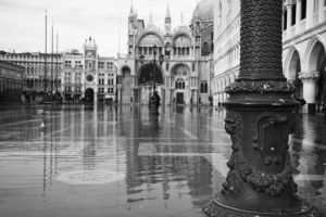 St Mark's Square in water by LPeregrinus