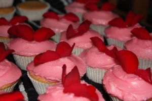Rose cupcakes by citruscouture