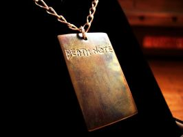 Death Note pendant by Tchiii-chan