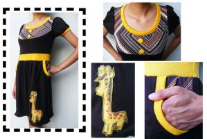 One-of-a-kind Pocketed Giraffe by 231705