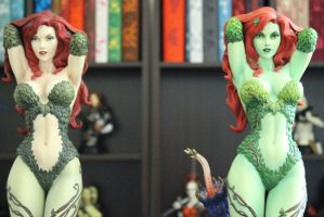 Poison Ivy 'Green with' Envy # 16 by theoriginaltombraidr