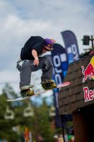 Air Stomp by BertLePhoto