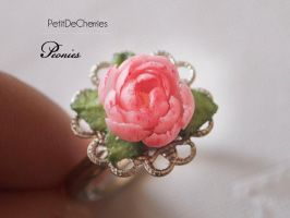 Peony ring- Floral collection by PetitDeCherries
