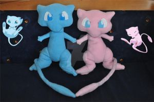 Mew and shiny mew plushies real size FOR SALE by Yoshitsune06-15