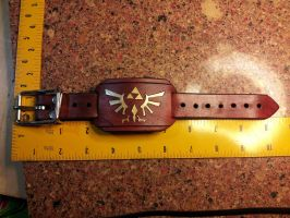 Legend of Zelda Royal Crest - Small Wrist Cuff by deadlanceSteamworks