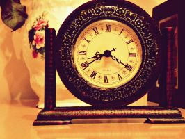 Antique clock. by Freaks2