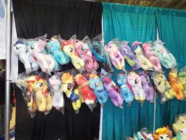 ( MLP ) OnlyFactory Plushies at MCCC 2015 by KrazyKari