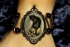 Steampunk Goth Bracelet - Cat on Skull Cameo by CatherinetteRings