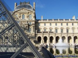 outside the Louvre by soho-power