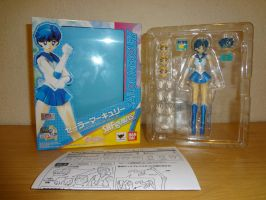 Figuarts Sailor Mercury Blister 1 by Aioros87