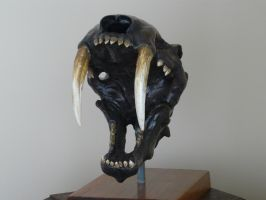 Saber-toothed cat skull by waynedowsent