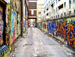 Graffiti Alley by JaimeIrate