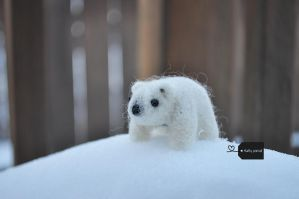 Needle Felted Polar Bear by FluffyParcel