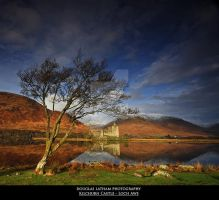 Kilchurn Castle - Loch Awe by DL-Photography