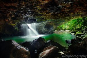 Natural Arch Springbrook by AXNLphotography