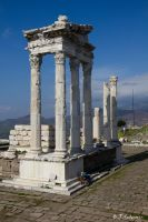 Pergamon, the tempel of the Trajaneum by Sockrattes