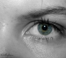 Central Heterochromia by TheTellerofStories