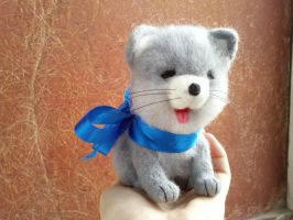 Needle-felted kitten by Okami-Heart