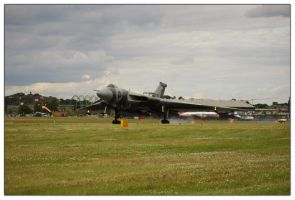 Avro Vulcan 2 by shotgun-ned