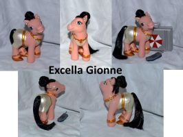 Excella Gionne by Soulren
