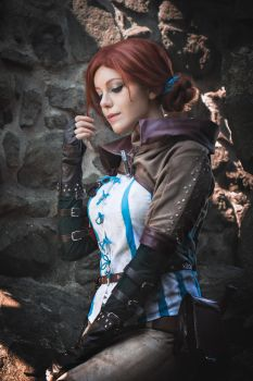 Triss Merigold Cosplay by ArtcoreCosplay