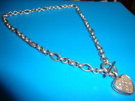 Silver heart necklace by Laura-in-china