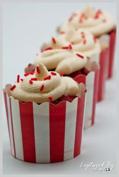 Red Velvet Cupcake 02 by PoodleSchmoodle