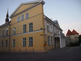 Tallinn - Old Town - Yellow building by ddmkro