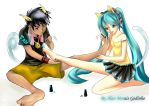 Alan And Miku - Painting the nails by hirkey
