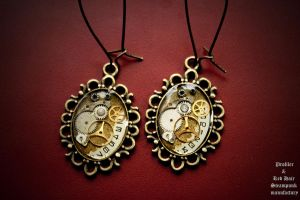 Romantic steampunk series ear-rings by tokaracer